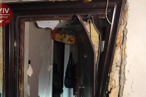 В Киеве прогремел взрыв в многоэтажке: есть пострадавшие