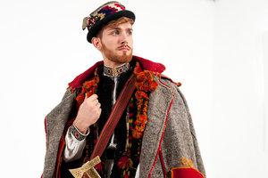 Vogue показал, какие наряды носили мужчины в разных регионах Украины