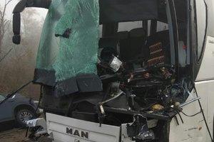В России при столкновении грузовика и автобуса ранены 12 человек