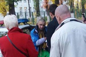 На Чоколовке задержан неадекват с ножом, гонявшийся за детьми