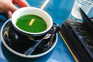 Матча, спирулина или кофе с маслом: что пить, чтобы похудеть