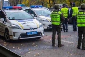 В Киеве пятеро вооруженных человек похитили мужчину