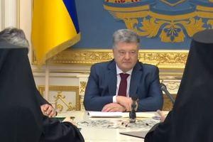 Порошенко прокомментировал разрыв отношений Русской православной церкви с Константинополем
