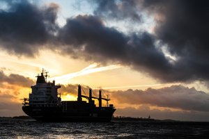 Торговая война: США в десять раз сократили поставки нефти в Китай