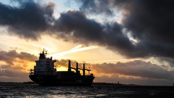 Специалисты : санкции США полезны для экономикиРФ