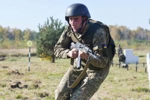 Порошенко посетил учения бойцов территориальной обороны во Львовской области