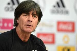 Главного тренера сборной Германии уволят, если его команда проиграет чемпионам мира