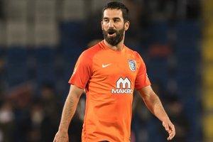Звезду сборной Турции оштрафовали на 370 тысяч за драку в ночном клубе