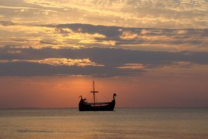В Норвегии под землей нашли 20-метровый корабль викингов