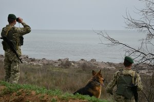 Украинские пограничники на админгранице с Крымом отреагировали на взрыв в Керчи