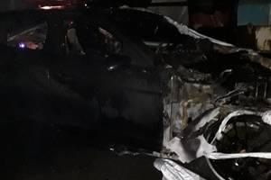 В Киеве сгорели пять иномарок, включая Porsche, Toyota и Jeep