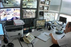 В школах и вузах Киева проверят системы наблюдения после теракта в Керчи