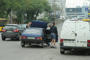 Как уберечься от грабителей на дорогах: эксперты дали советы водителям