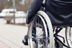 В Запорожской области вынесли приговор водителю, который сбил инвалида-колясочника