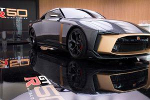 В Токио показали впечатляющий суперкар Nissan GT-R50 за миллион евро