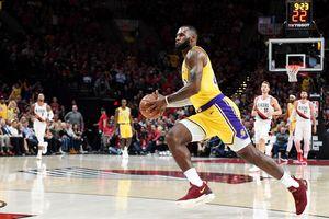 """Тренер """"Лейкерс"""" не выпустил Михайлюка на первый матч регулярного чемпионата НБА"""