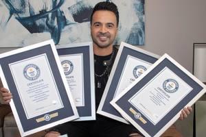 Хит Decpacito получил семь наград Книги рекордов Гиннеса