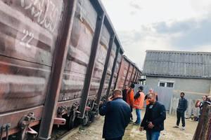 ЧП на Закарпатье: возле ромского поселения сошел с рельсов товарный поезд