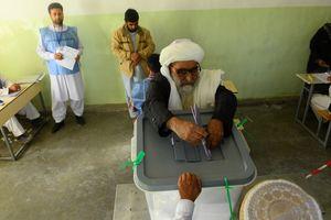 В Кабуле на избирательных участках прогремели взрывы