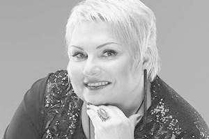 С погибшей в ДТП Мариной Поплавской попрощаются в Киеве и Житомире: названа дата