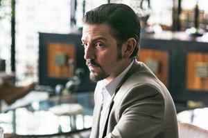"""В сети появился трейлер кровавого сериала """"Нарко: Мексика"""" от Netflix"""