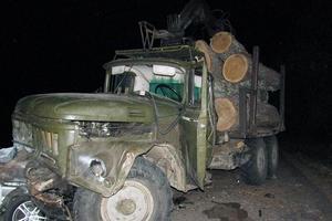 В Житомирской области столкнулись грузовик и легковушка: погибла женщина