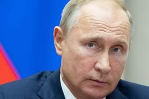 Путин подписал закон о новых санкциях против Украины