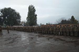 В Запорожье торжественно встретили бойцов, которые вернулись с Донбасса
