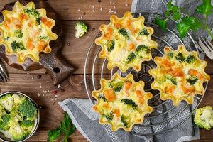 Лучший рецепт французского киша с брокколи и лососем