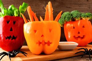 """Рецепт на Хэллоуин: фаршированный перец """"Джек-Фонарь"""""""