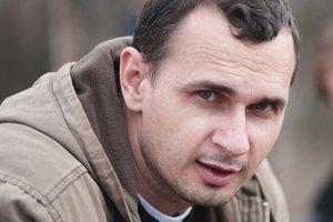 Мать Сенцова отреагировала на присуждение ему премии Сахарова: Понимаю, что пытаются его освободить