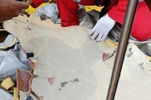Авиакатастрофа в Индонезии: появились новые подробности крушения Boeing