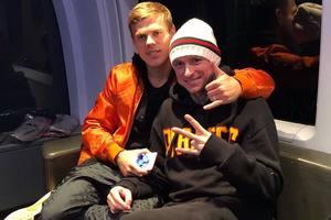 Российские футболисты Кокорин и Мамаев могут сыграть за сборную заключенных
