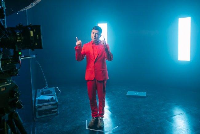 Владимир Зеленский появился вклипе группы «Антитела»: эффектное видео