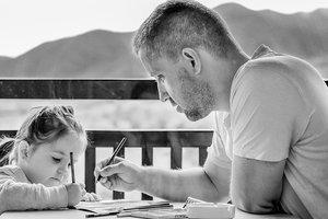 Не оценками едиными: какую новую ошибку родители допускают в воспитании детей