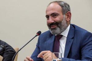 Парламент отказался переизбрать Пашиняна премьером: Армения идет на досрочные выборы