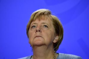 Меркель в Киеве сделала заявление о будущем санкций против России