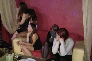 В Киеве один из развлекательных клубов оказался борделем