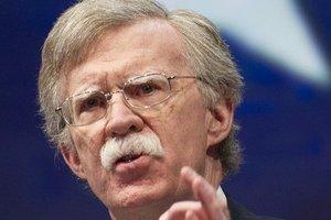 США вводит новые санкции против Венесуэлы и Кубы - Болтон