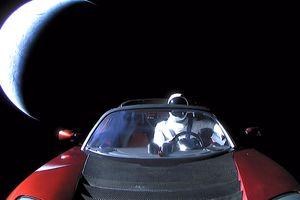 "К Марсу долетела ""Тесла"" Илона Маска"