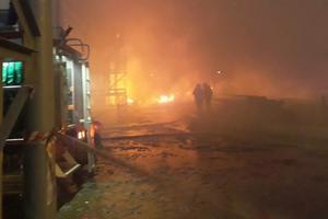 Спасатели локализовали пожар на территории маслозавода под Одессой - ГСЧС