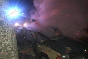 В Бердянске ночью взорвалась машина: опубликованы фото и видео