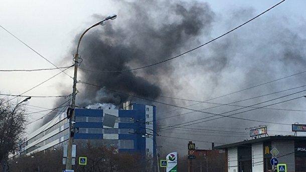 ВЕкатеринбурге полыхает  оборонный завод «Вектор»