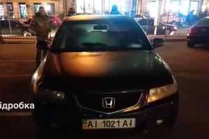 Киевлянин на Подоле нашел чужой автомобиль со своими номерами