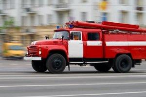 На Печерске в Киеве вспыхнул пожар в общежитии