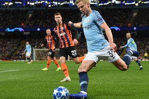 """""""Алекс – очень умный игрок"""": английские СМИ оценили игру Зинченко в Лиге чемпионов"""