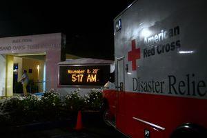 В США объявлен траур из-за расстрела бара в Калифорнии