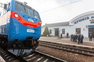 """""""Укрзализныця"""" начала испытания американского локомотива """"Тризуб"""""""