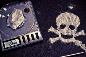 В аэропорту Стамбула задержали украинку, которая везла кокаин