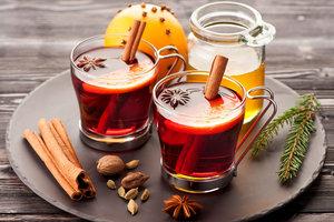 Лучший рецепт глинтвейна, который поможет вкусно согреться осенью